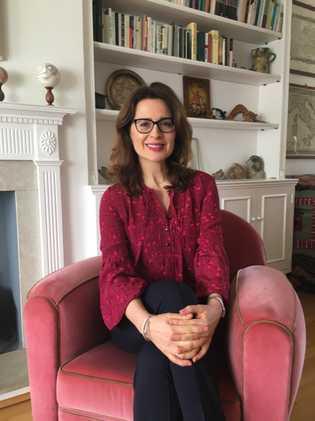 Prof. Ana Nikčević studierte Psychologie an der Universität Belgrad, absolvierte anschließend ihr postgraduales Masterstudium an der ...