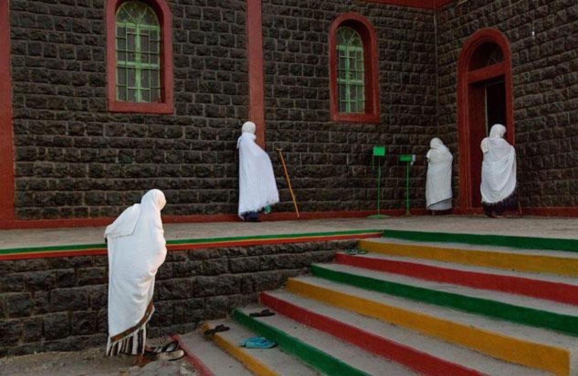 In Weiß zum Gebet