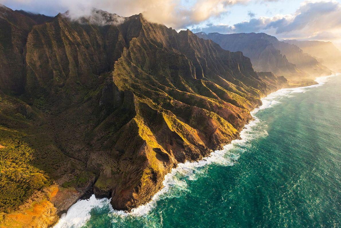 Die hawaiianische Insel Kauai ist aufgrund ihrer üppigen, unberührten Regenwälder auch als Garteninsel bekannt. Sie gilt ...