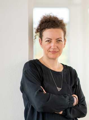 Kerstin Faber ist freie Planerin, Urbanistin, Autorin und Projektleiterin der Internationalen Bauausstellung (IBA) Thüringen. Die 42-Jährige ...