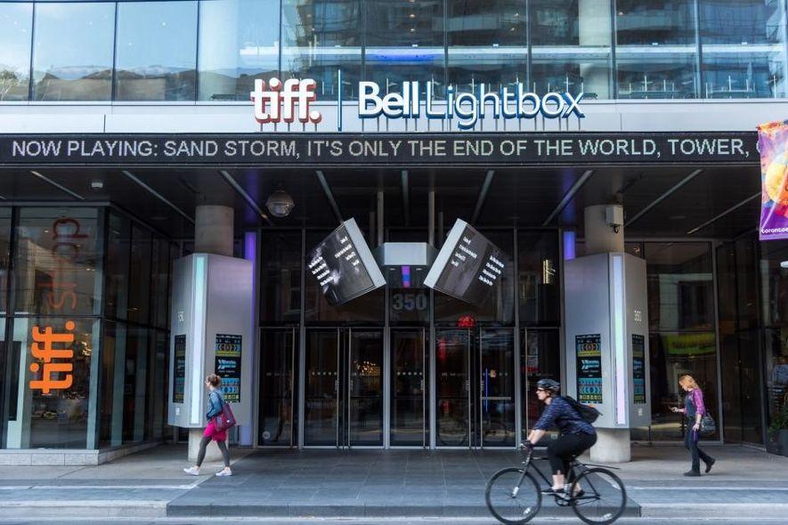 Das TIFF Bell Lightbox befindet sich im Herzen von Torontos Entertainment District.