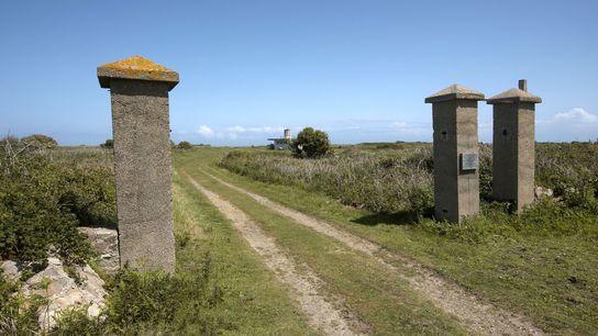 Pfeiler des Eingangstores zum KZ Sylt