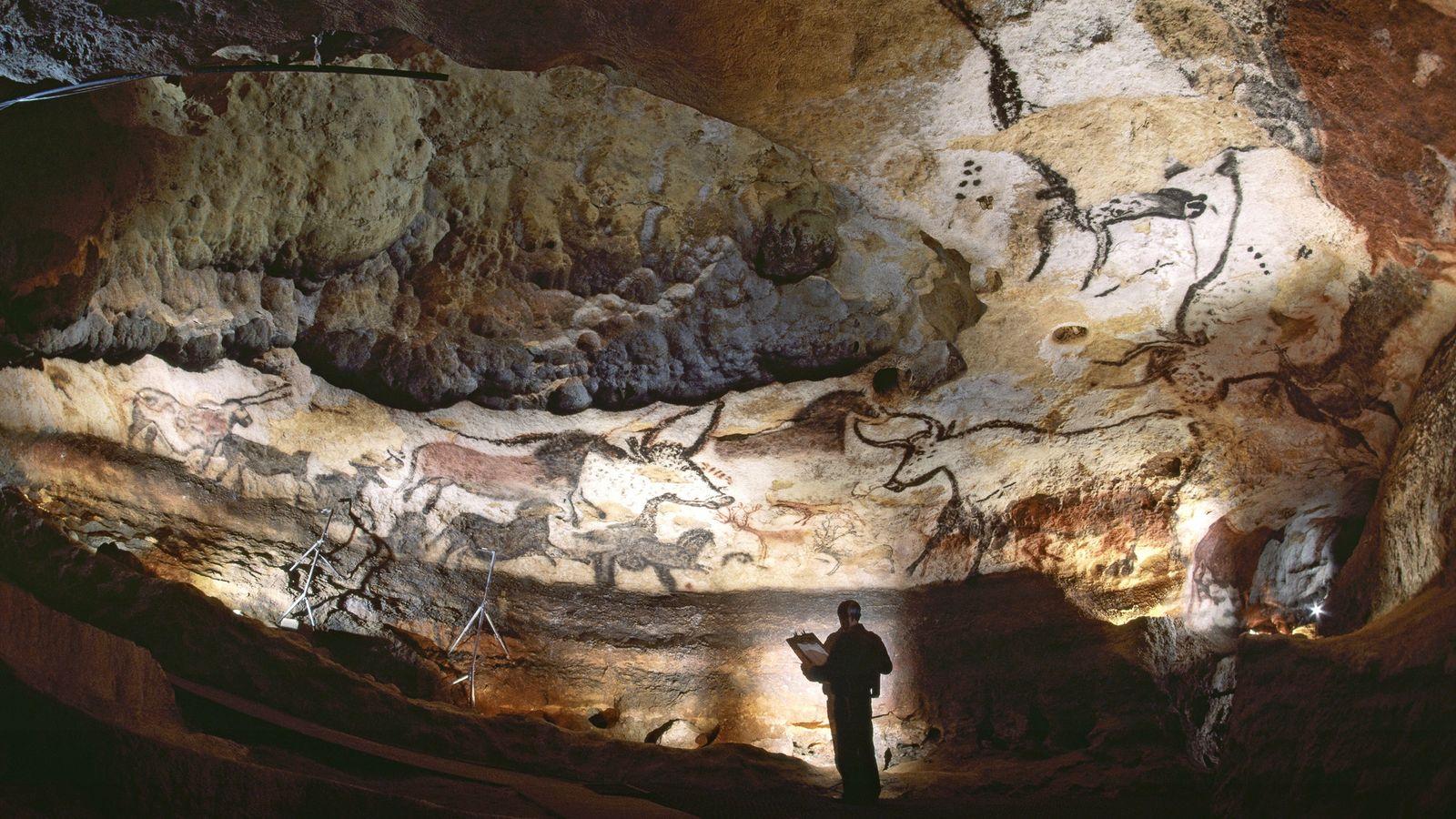 Paläolithische Kunst ziert die Wände der Höhle von Lascaux im Südwesten Frankreichs.