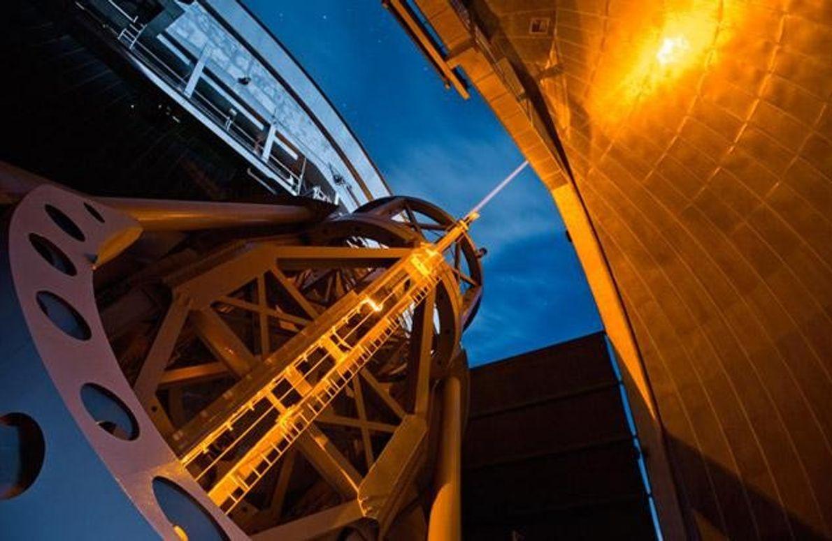 Laser Optik Hale Teleskop