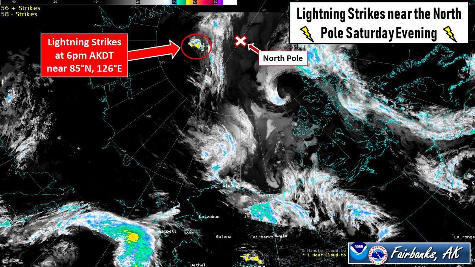 Am Abend des 10. August erfasste ein weltweites Netzwerk zur Wetterüberwachung zahlreiche Blitzeinschläge im Umkreis von ...
