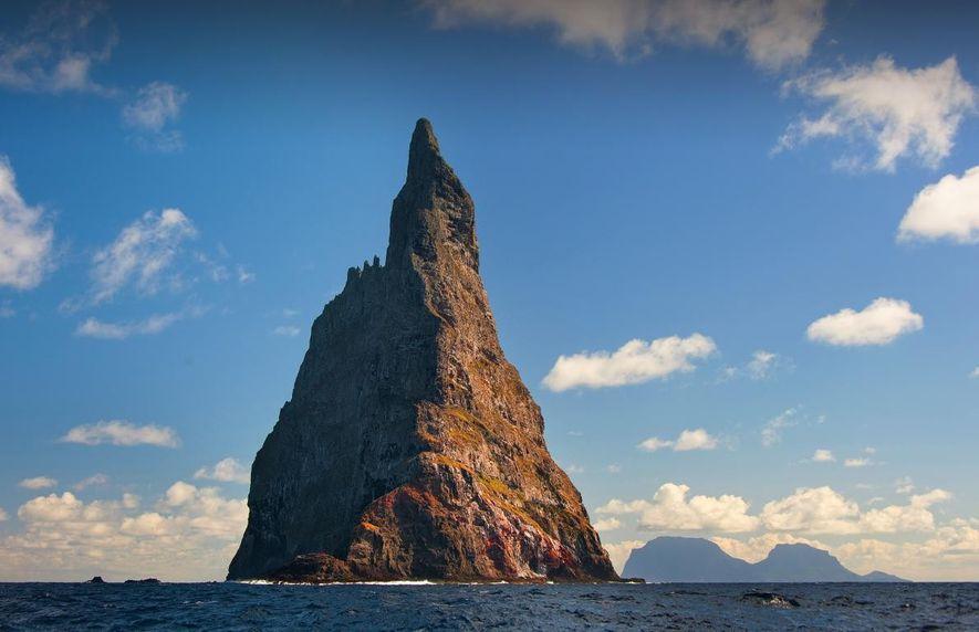 Bei einer Pause vom Wandern auf der Lord-Howe-Insel kommt man in den Genuss einer Bootsfahrt einmal ...