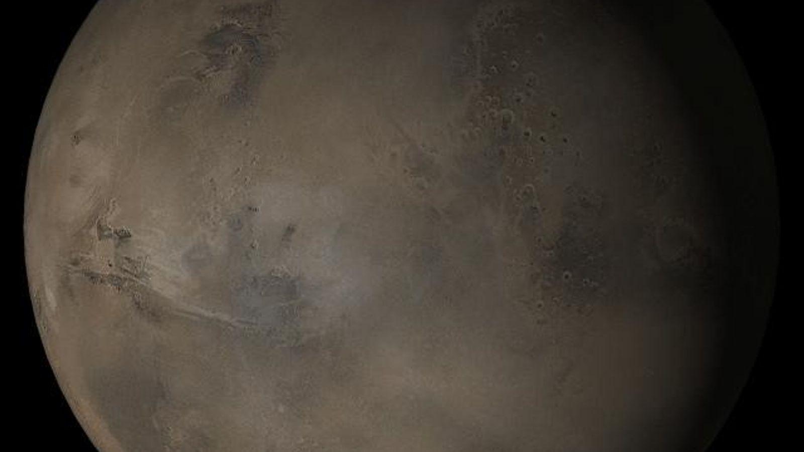 Ein zusammengesetztes Bild vom Mars, das vom Mars Global Surveyor der NASA im April 2005 aufgenommen ...