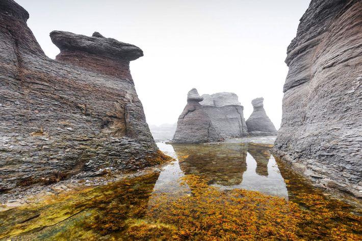 Das Mingan Archipelago National Park Reserve ist für die landesweit größte Konzentration an Monolithen bekannt, die ...