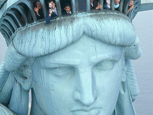Galerie: Historische Bilder zeigen den Bau der Freiheitsstatue