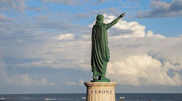 Nero-Statue in Anzio, Italien