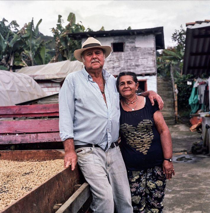 Don Fabio und seine Ehefrau Maria Lindelia Jaramillo Atehortu haben ihr Leben dem Anbau von außergewöhnlichem ...