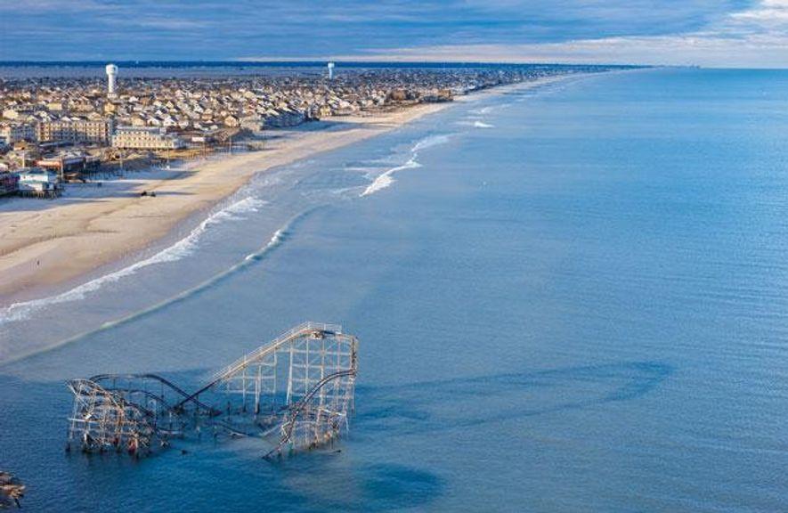"""Der Supersturm """"Sandy"""" raubte den Stränden in New Jersey im Oktober 2012 durchschnittlich mehr als neun ..."""