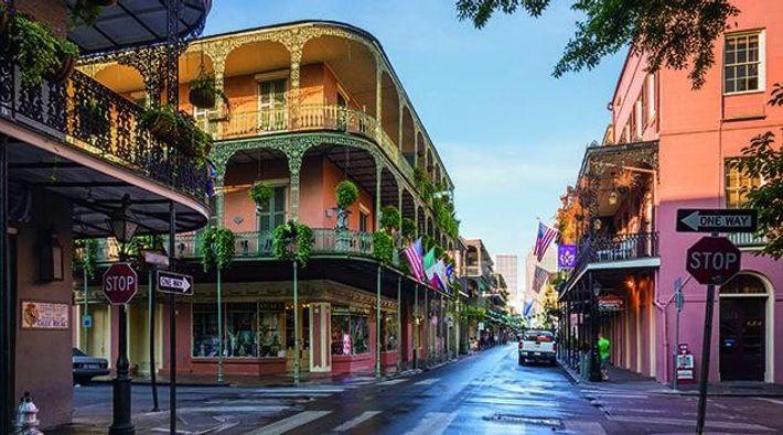 Das French Quarter ist das älteste Viertel der Stadt: 1718 ließen sich hier die ersten französischen ...