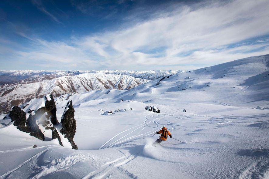 Im weiten Hinterland der Südlichen Alpen liegt der Skiort Soho Basin. Durch täglich begrenzte Besucherzahlen wird der Aufenthalt dort zu einem wirklich einzigartigen Erlebnis.