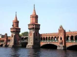 Die Oberbaumbrücke ist nur ein markanter Drehort der Hetzjagd.