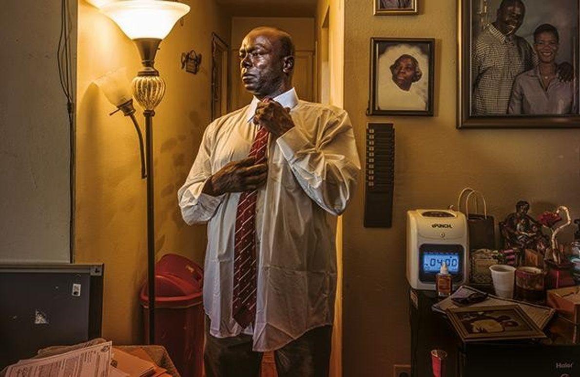 Kirk Odom aus Washington, D.C., wurde in den Achtzigerjahren schuldig gesprochen, eine Frau vergewaltigt zu haben. …