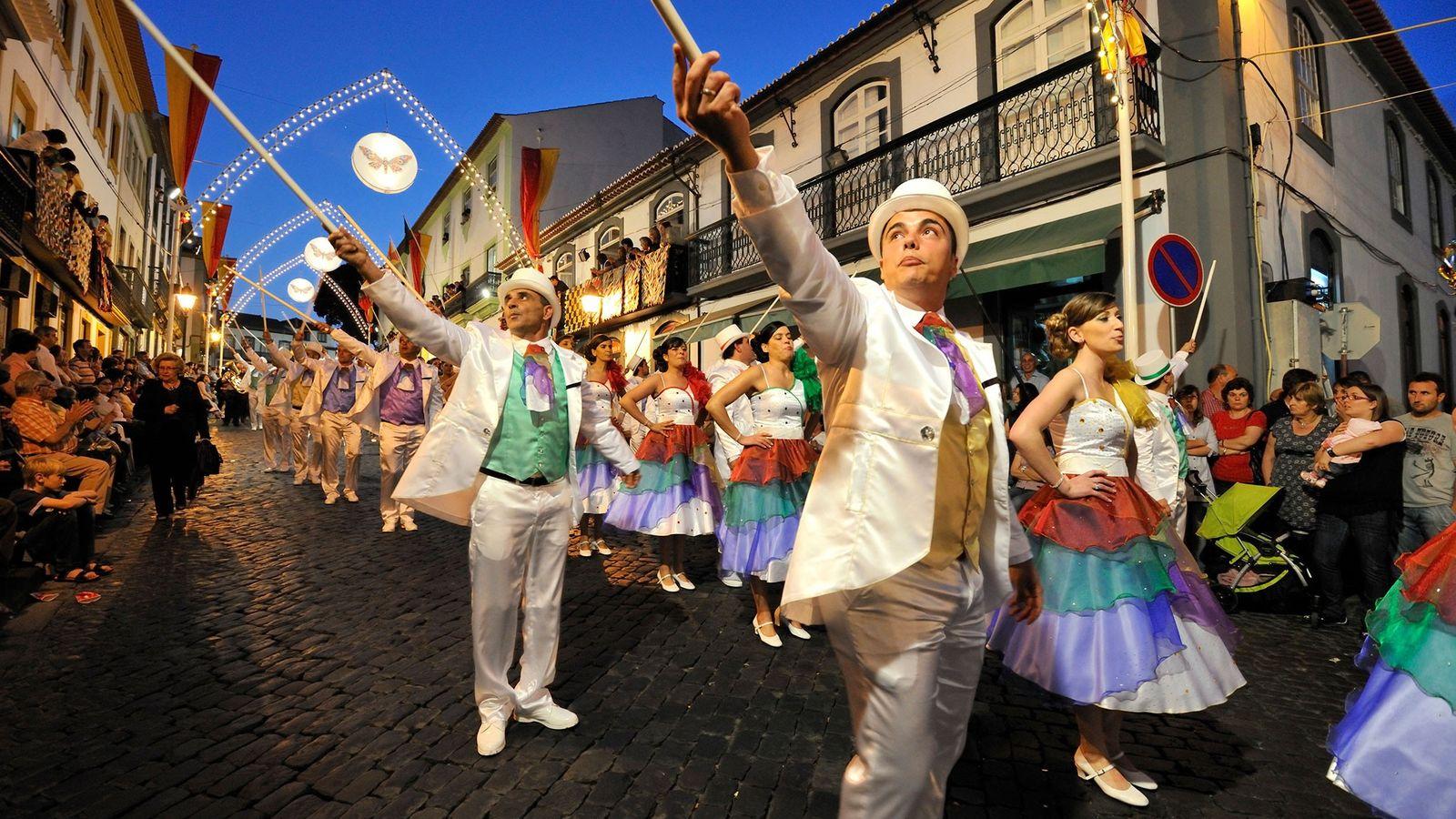 Parade zum Johannistag in Terceira