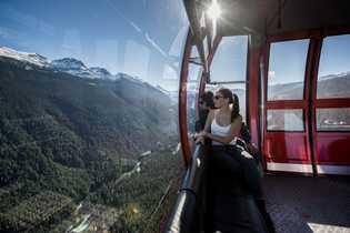 Die PEAK 2 PEAK Gondola verbindet die Roundhouse Lodge auf Whistler Mountain mit der Rendezvous Lodge ...