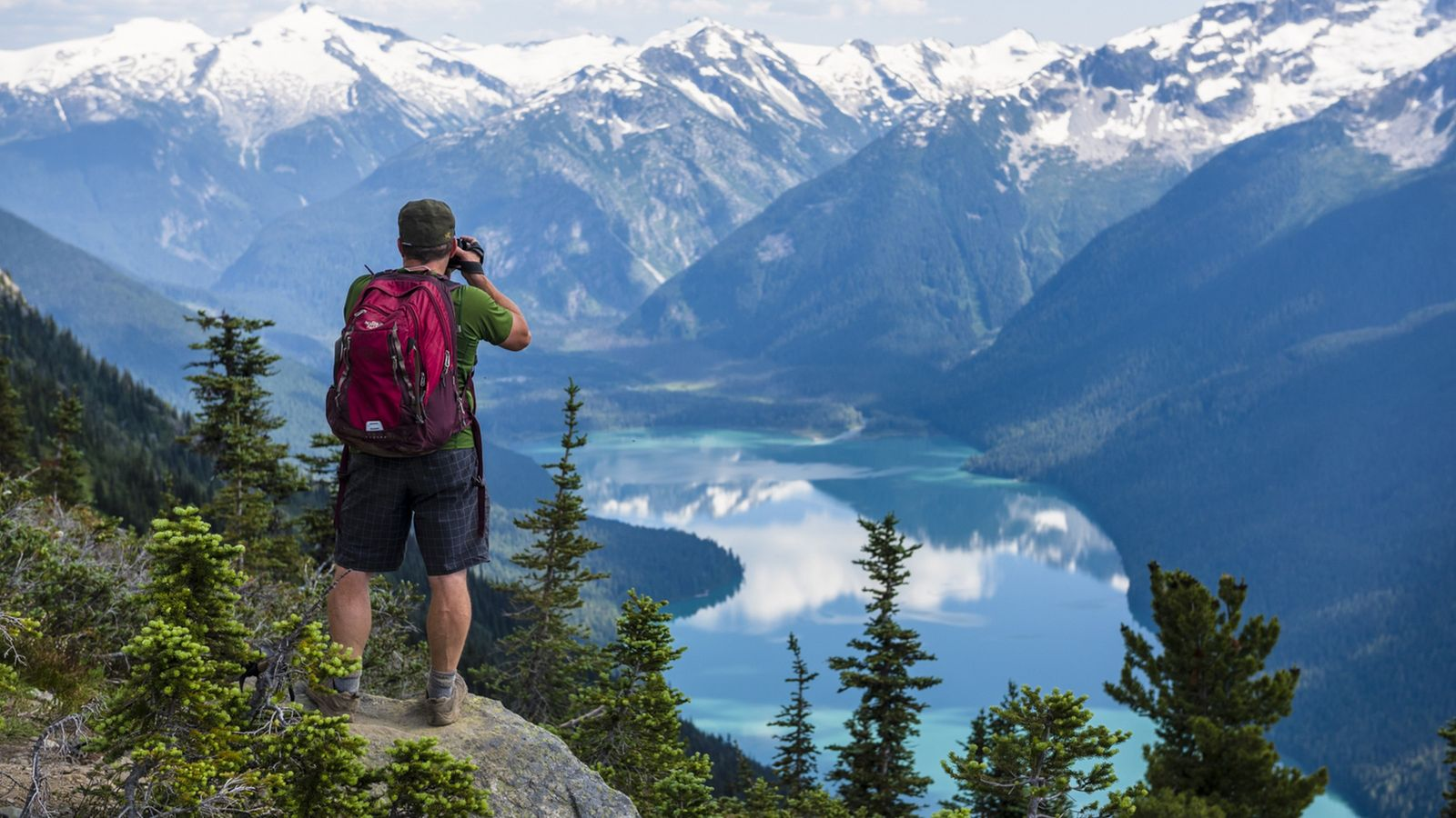 Der Nigh Note Trail bietet einen spektakulären Blick auf den Cheakamus Lake im Garibaldi Provincial Park.