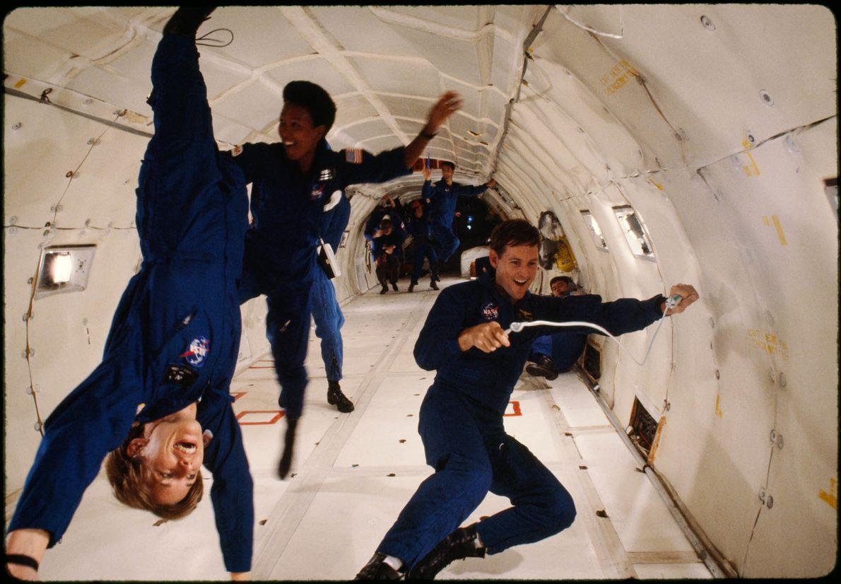Astronauten trainieren in der Schwerelosigkeit