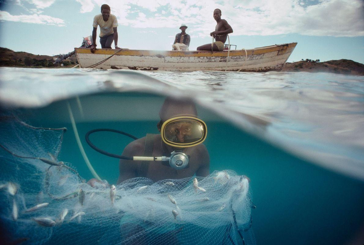 Fischer im Malawisee