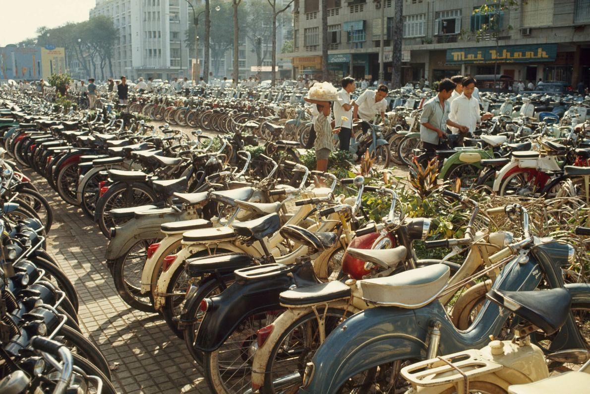 Geparkte Fahrräder in Saigon