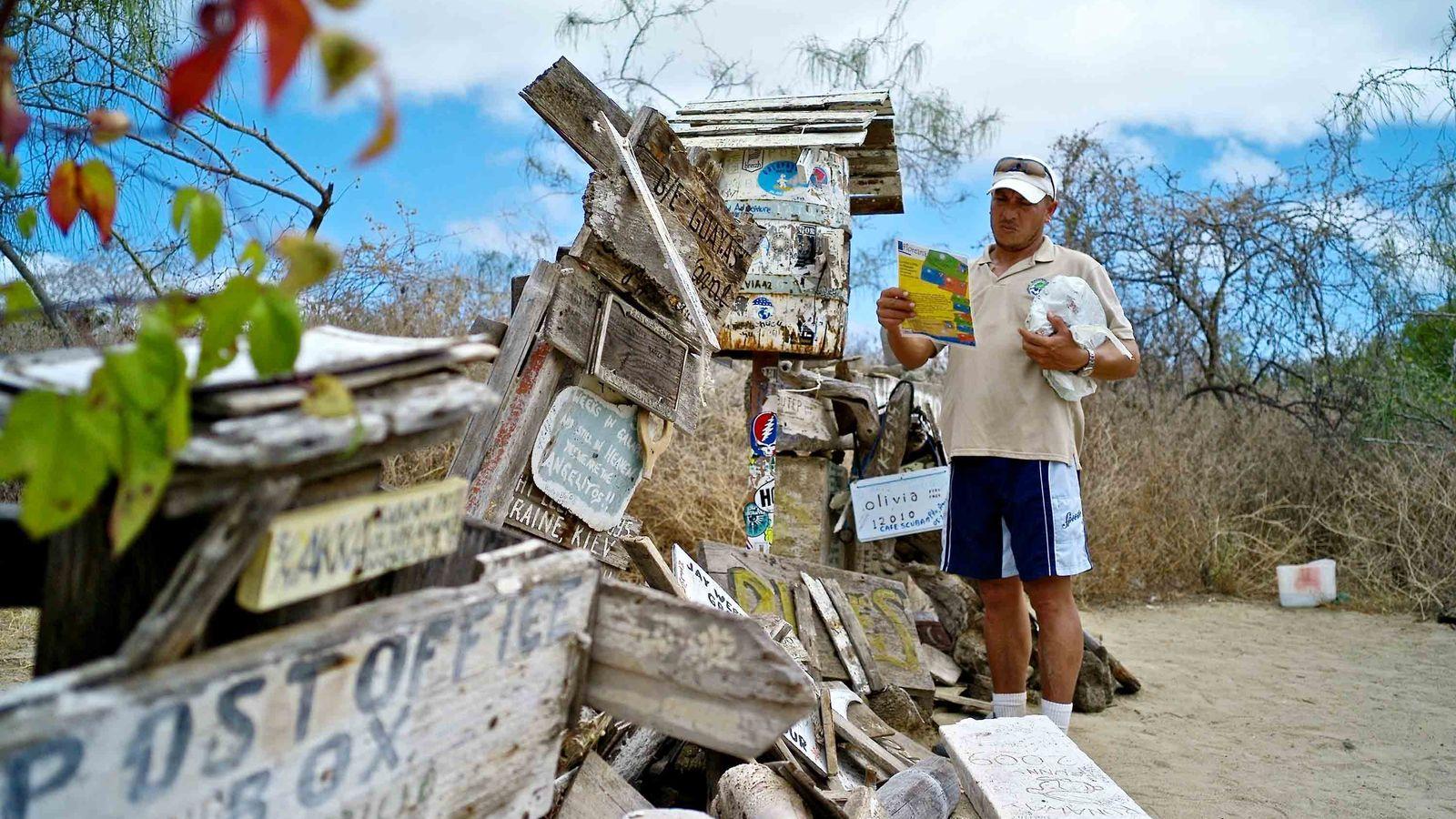 Die Post Office Bay hat ihren Ursprung in einem genialen System, das sich Walfänger im 18. ...