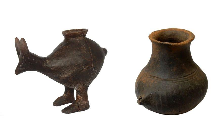 Babyflaschen aus Keramik – einige davon in Form von Tieren – tauchten erstmals vor etwa 7.000 ...