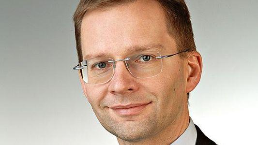 Wer darf in Deutschland Satelliten ins All schießen?