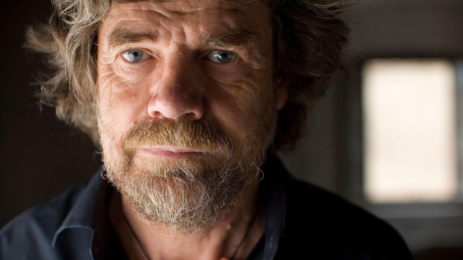 Für Reinhold Messner ist das persönliche Erlebnis beim Bergsteigen wichtiger als Muskelkraft oder waghalsige Aktionen.
