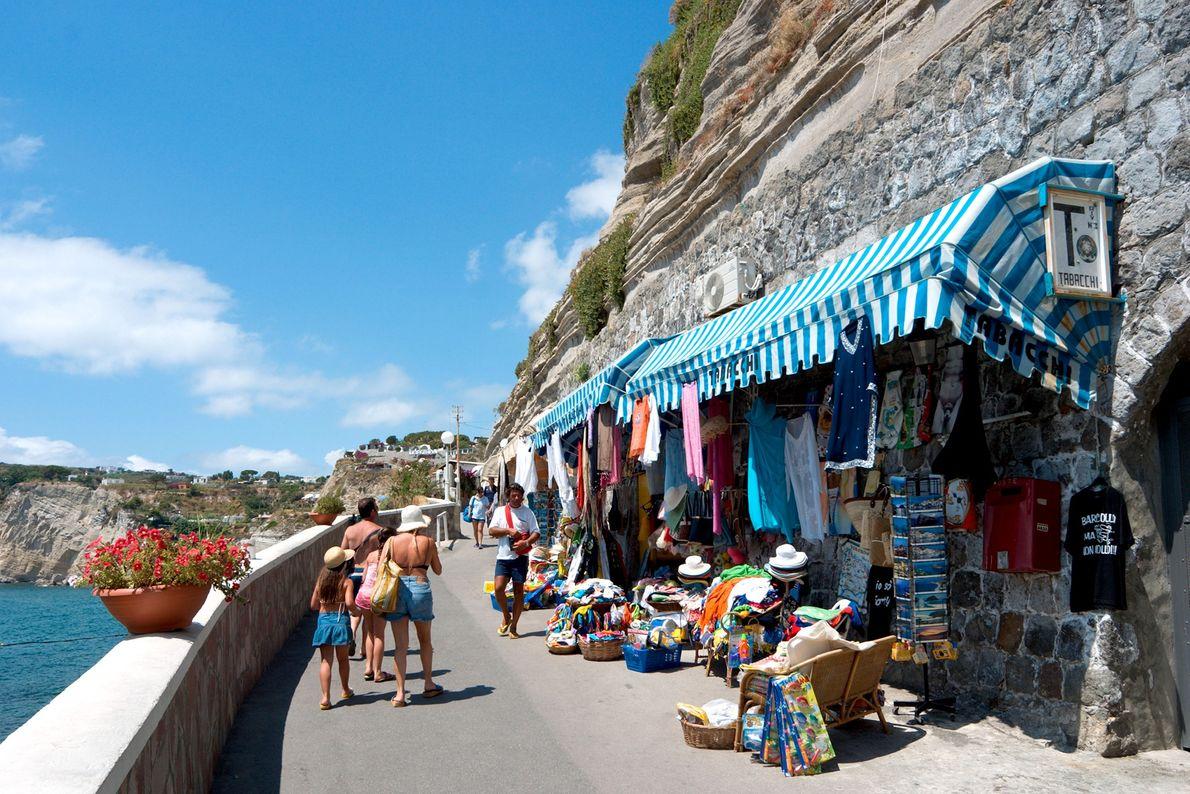 Küstenstraßen des Dorfes Sant'Angelo