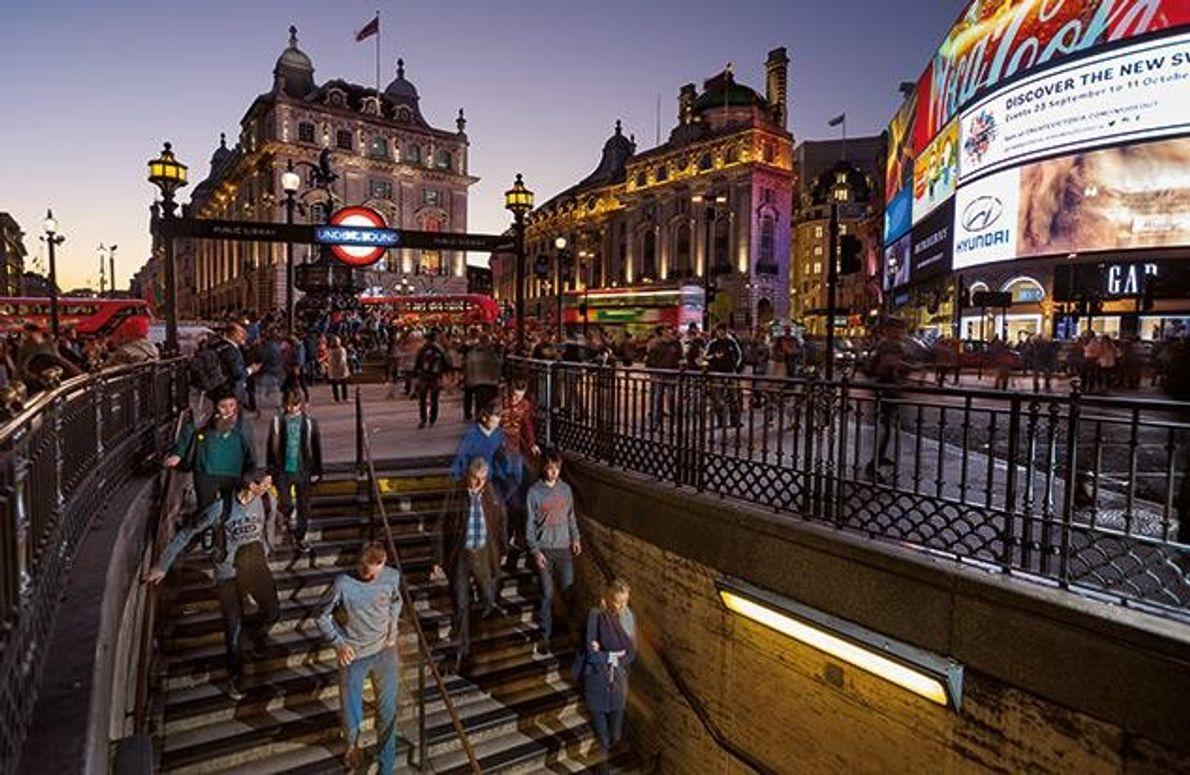 Die U-Bahn-Station Piccadilly Circus im Zentrum Londons. Die Grabungsarbeiten für eine neue Pendlerverbindung förderten hier Tausende …