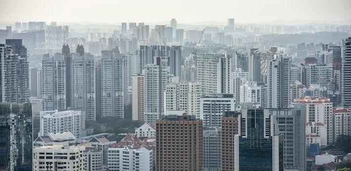 Singapur wächst unaufhörlich: Der Bauboom erfordert Unmengen an Sand zur Betonherstellung.
