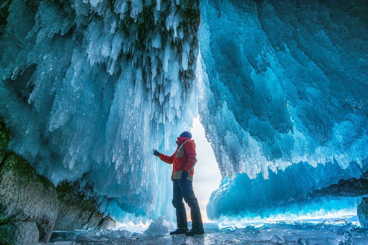 Höhle des Baikalsees