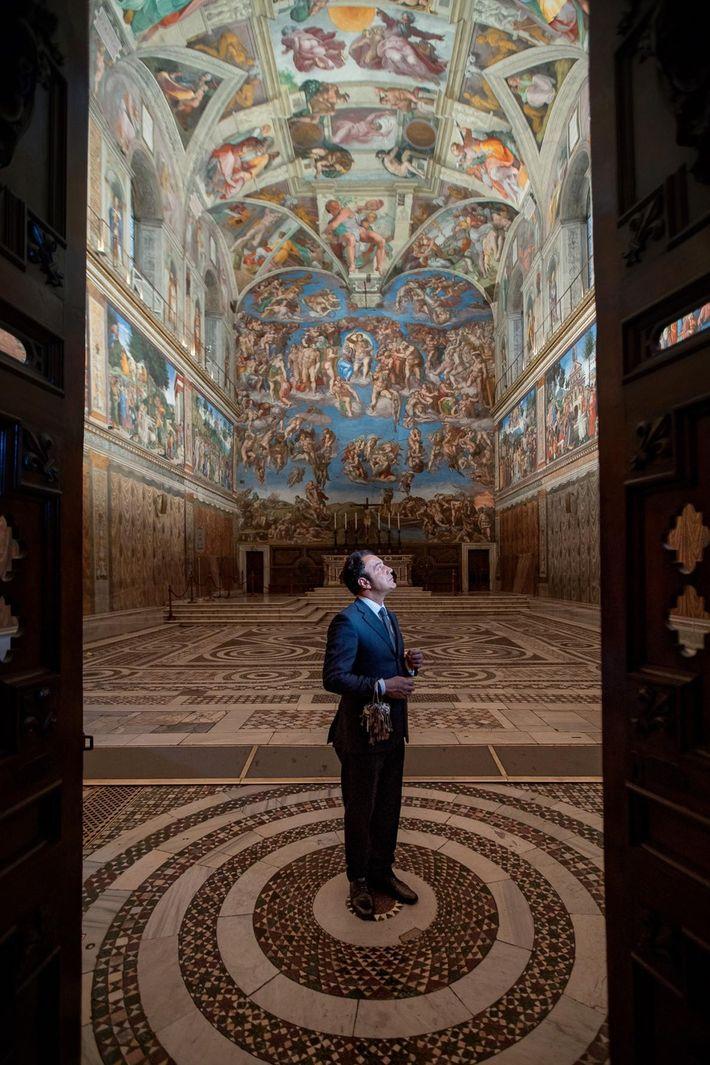 """""""Jeden Morgen, wenn ich die Sixtinische Kapelle betrete, durchlebe ich eine ganze Bandbreite von Gefühlen"""", sagt ..."""