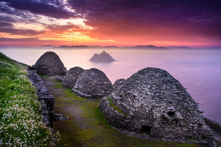 SKELLIG MICHAEL UND LITTLE SKELLIG: Zwischen dem 6. und 8. Jahrhundert zogen sich asketische Mönche aus ...