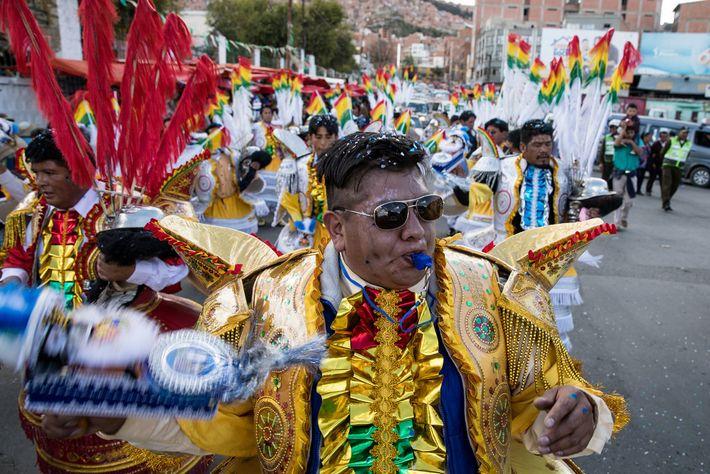 Prozession Día de las Ñatitas