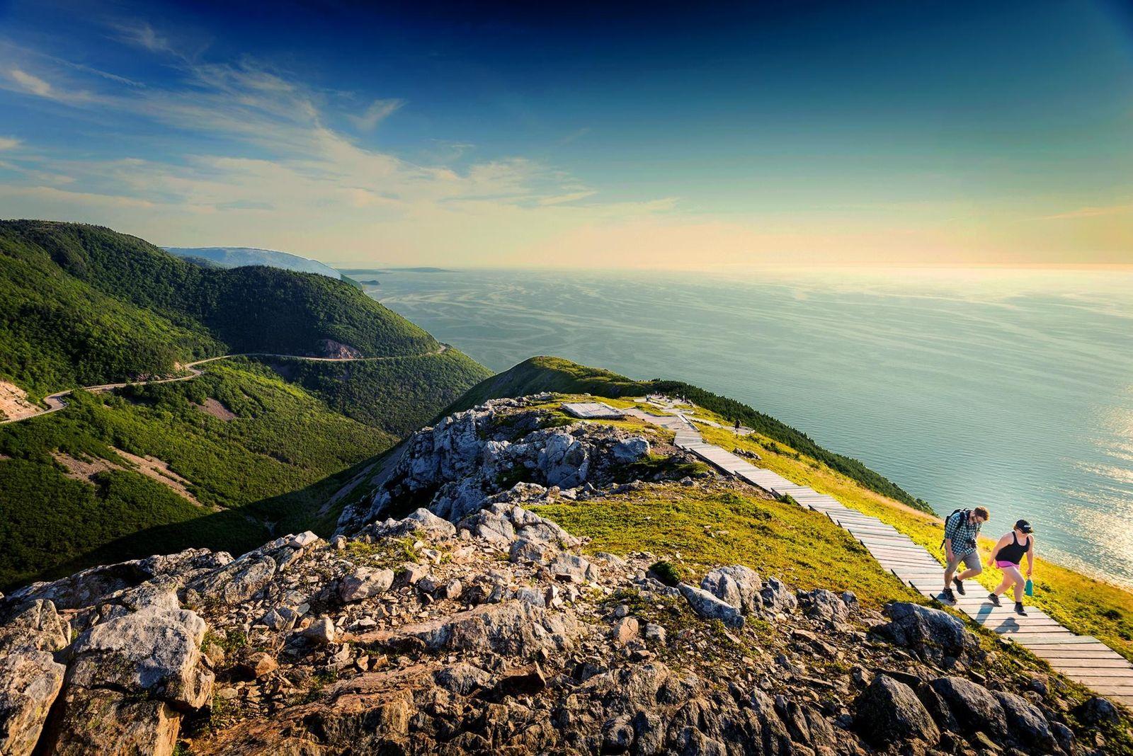 Der acht Kilometer lange Skyline Loop Trail bietet Wanderern einen atemberaubenden Blick auf die Küste.