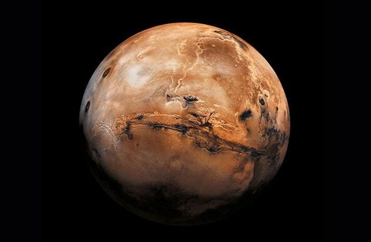 Die Entfernung von der Erde zum Mars beträgt im günstigsten Fall 54 Millionen Kilometer. Das ist …