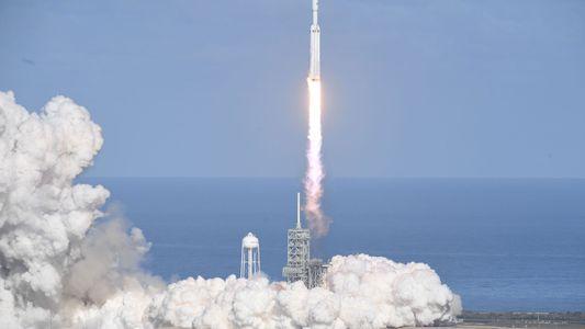 Erfolgreicher Start der Falcon Heavy ebnet Weg für größere Projekte