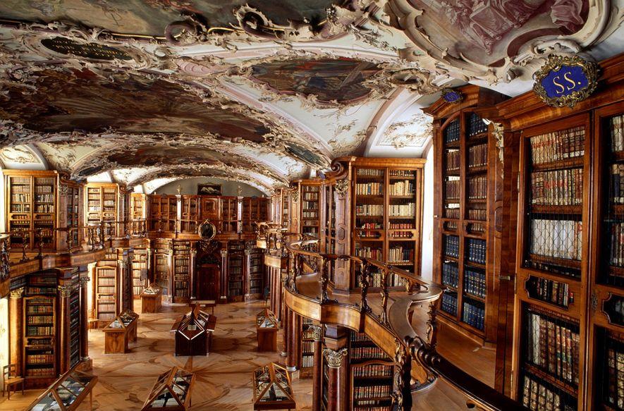 SCHWEIZ Bilderhandschriften aus dem 9. Jahrhundert und der älteste bekannte Architekturplan auf Pergament sind nur zwei ...