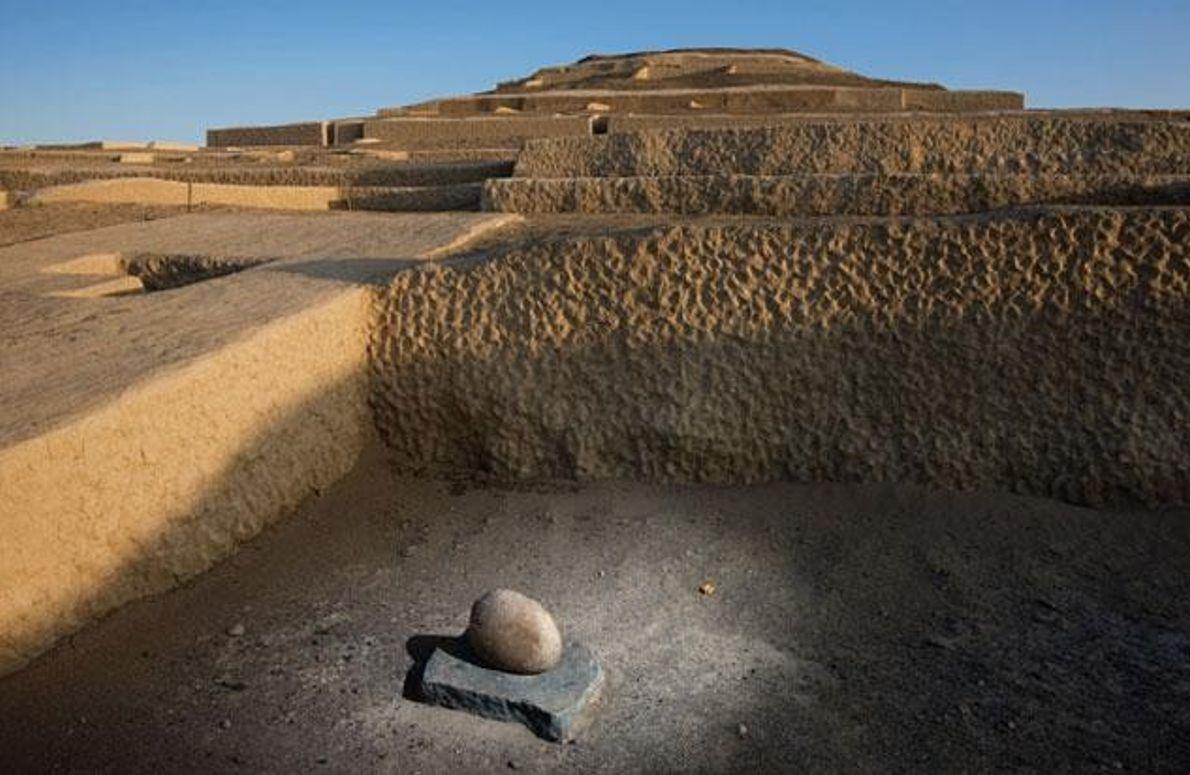 Stein in Cahuachi