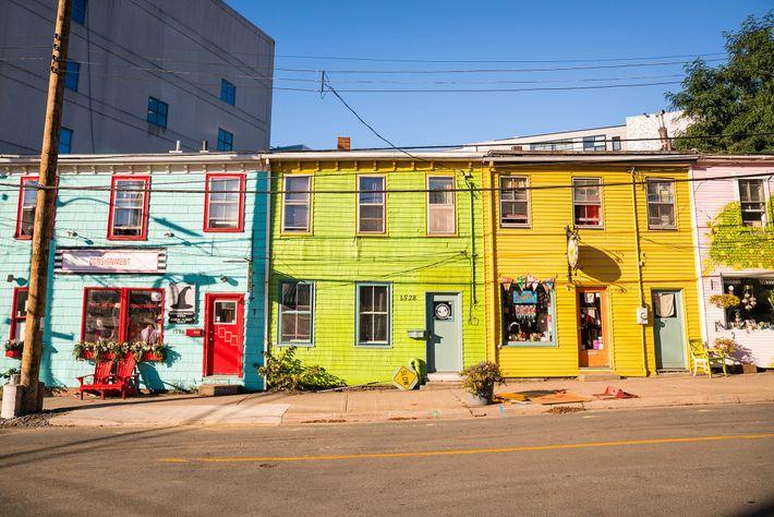 Bunte Häuserfronten