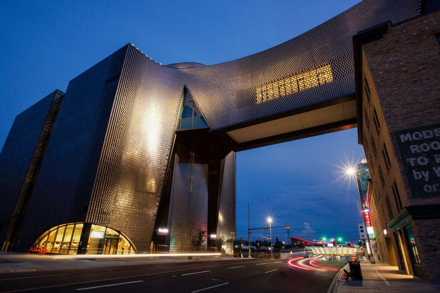 Das Studio Bell, in dem sich das Calgary National Music Centre befindet, ist ein internationales Zentrum ...
