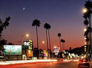 """Danny DeVito und Kevin Spacey spielten in """"Der Pate"""" auf dem Sunset Boulevard, der wohl berühmtesten ..."""