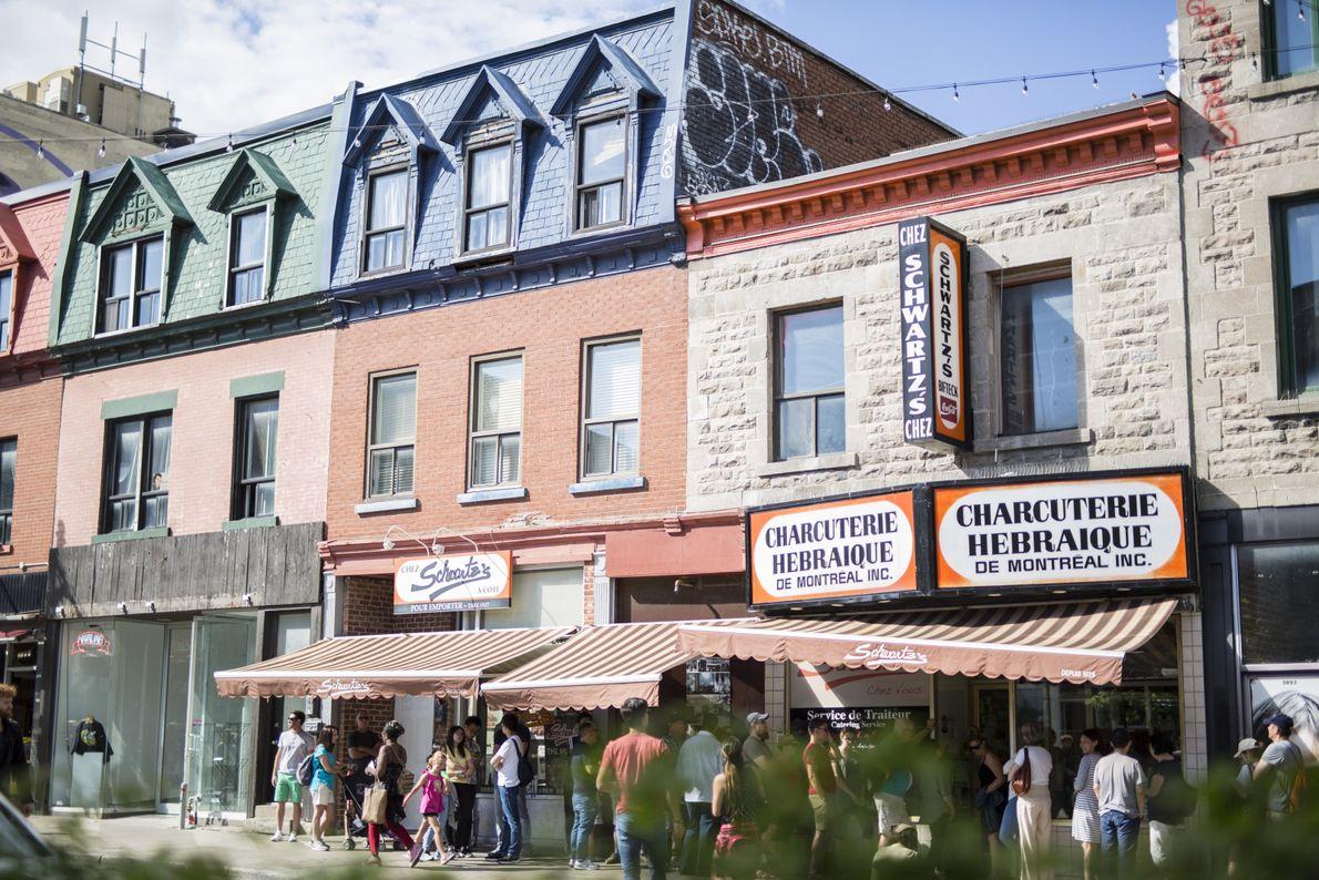 Im Stadtviertel Mile End befinden sich historische Lokale wie Schwartz's Deli.