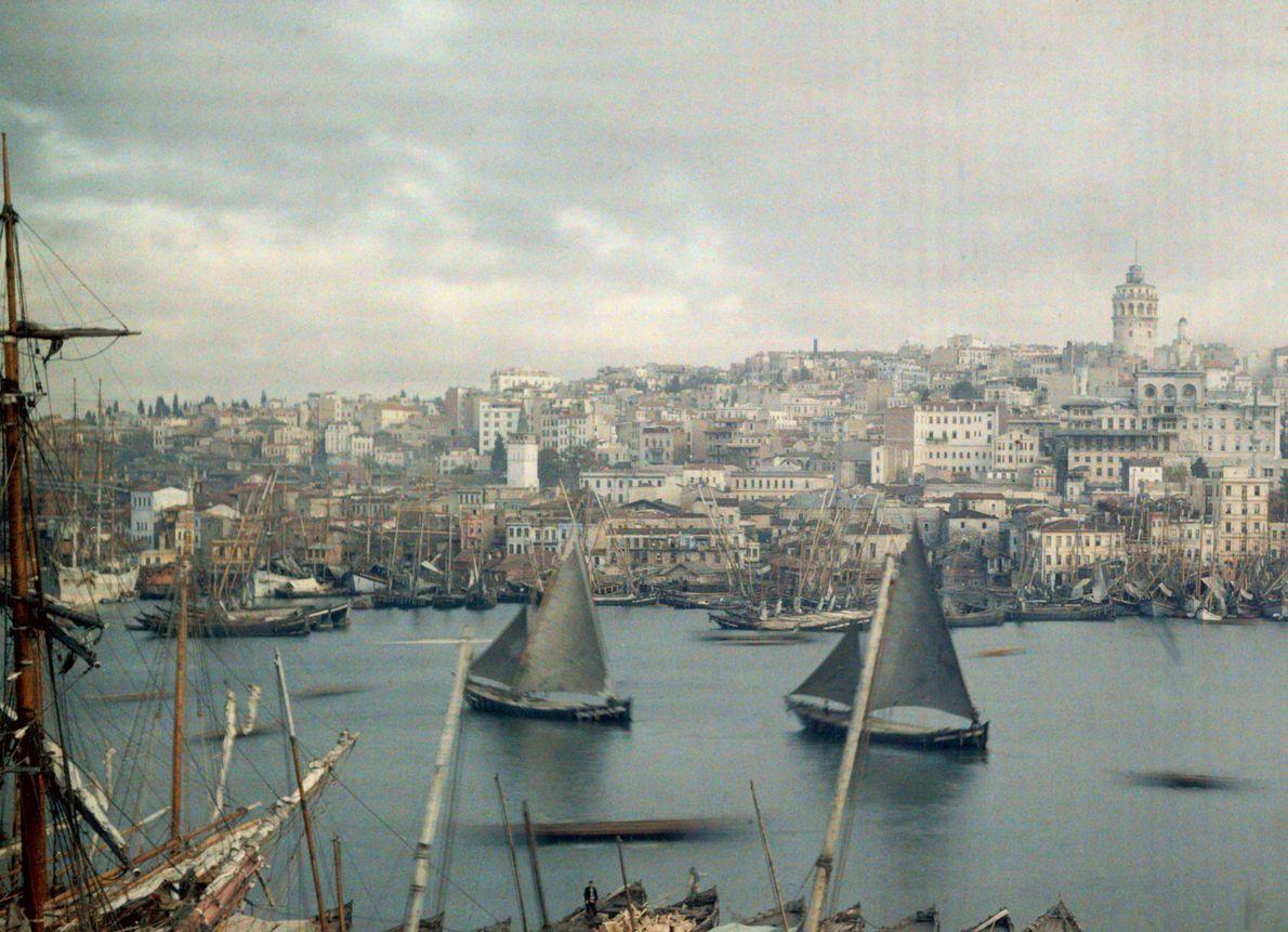 ISTANBUL Istanbul hieß früher Konstantinopel. Nicht nur Länder, auch Städte wurden im Laufe der Geschichte oft umbenannt. …