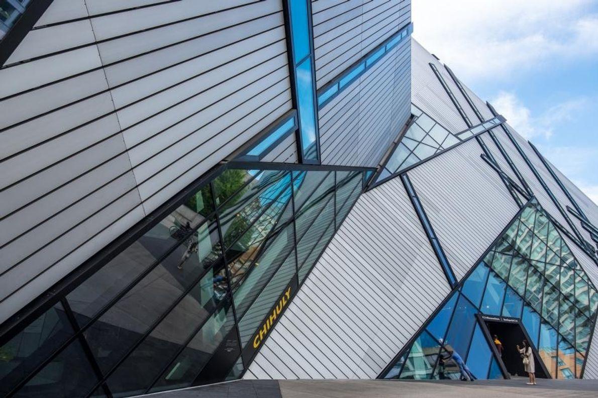 Das Royal Ontario Museum ist das größte Museum des Landes und lockt jährlich mehr als eine …