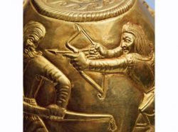 Bei Strawropol fanden Archäologen ein Gefäß (siehe oben), das womöglich zeigt, wie Krieger ihre Nebenbuhler erschlagen.