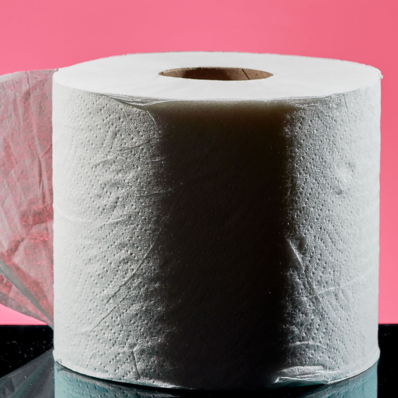 In den USA begann die Massenproduktion von Toilettenpapier im Jahr 1857. Vor dieser Annehmlichkeit nutzten die ...